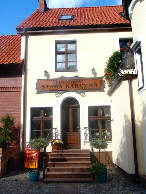 Pensjonat Stara Karczma in Oliwa | TIPS FOR VISITING POLAND | by TheWanderingHousewife.com