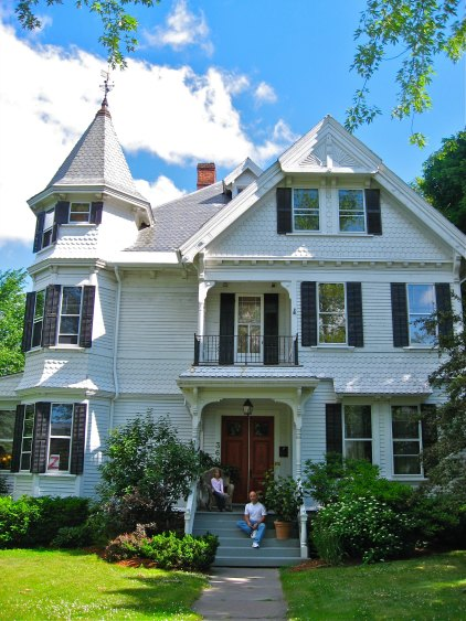 Lang House Bed & Breakfast (Burlington, Vermont) | TheWanderingHousewife.com