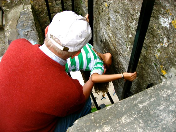 IRELAND: Kissing the Blarney Stone | THEWANDERINGHOUSEWIFE.COM
