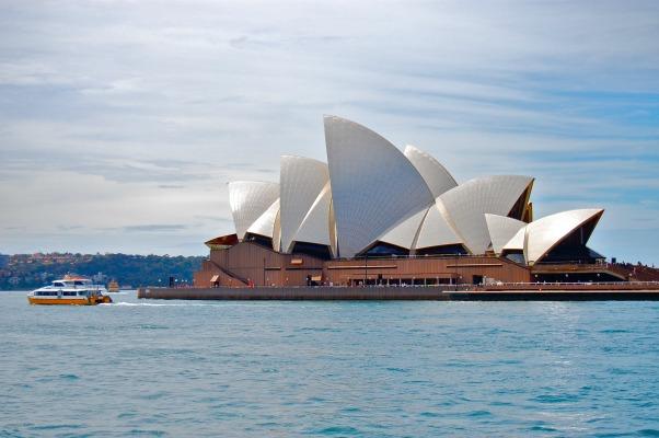 AUSTRALIA: A Week in Sydney | TheWanderingHousewife.com