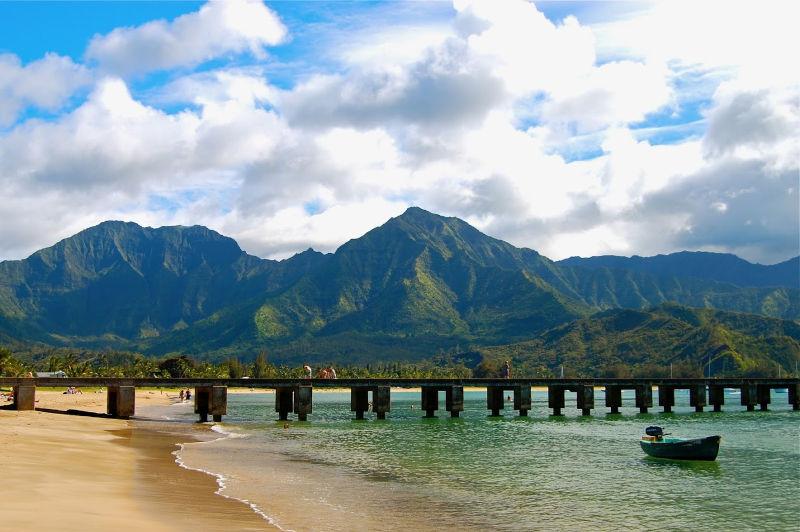 Hanalei Pier in Kauai | THEWANDERINGHOUSEWIFE.COM