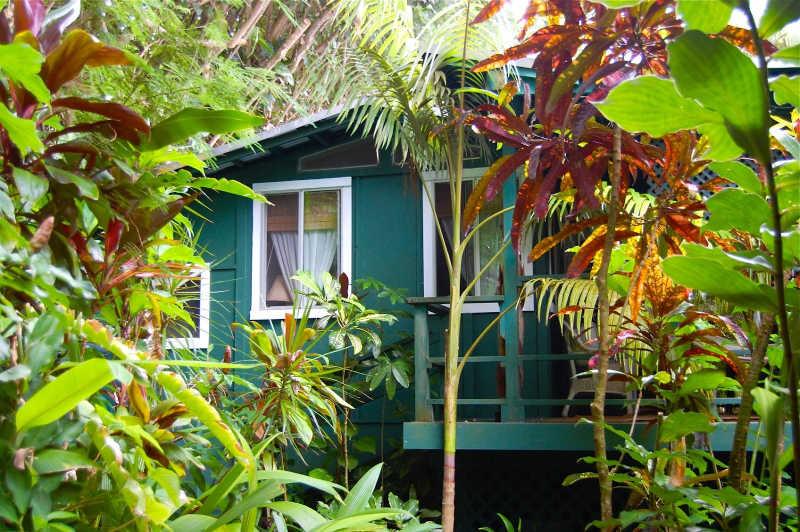 Wainiha Jungle River Hideaway — Solo Travel to Kauai | THEWANDERINGHOUSEWIFE.COM