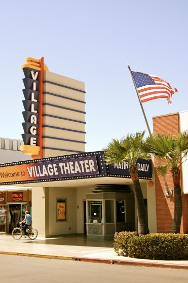 SAN DIEGO: Historic Village Theater in Coronado | TheWanderingHousewife.com