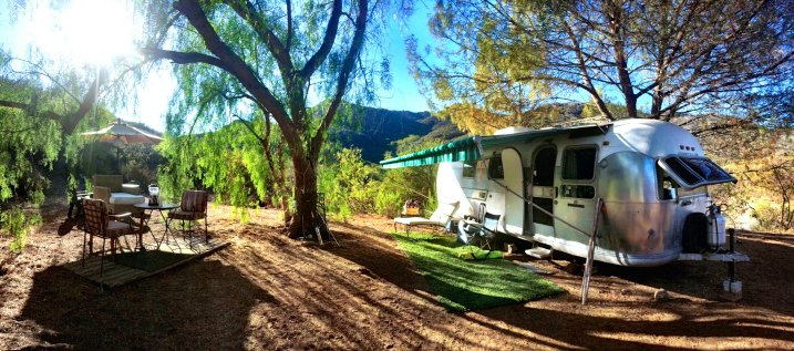 GLAMPING IN MALIBU: Murray Shares His Airstream | TheWanderingHousewife.com