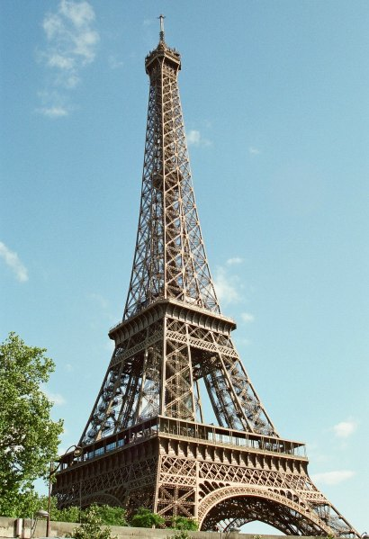 Alphabetical Tips on Visiting FRANCE: E is for Eiffel Tower | TheWanderingHousewife.com