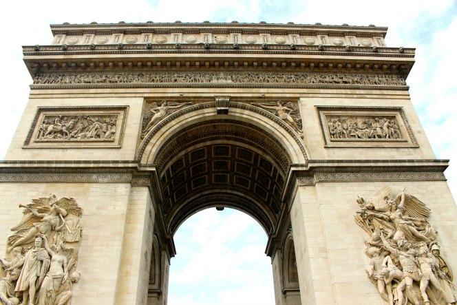 Climbing the Arc de Triomphe | TheWanderingHousewife.com