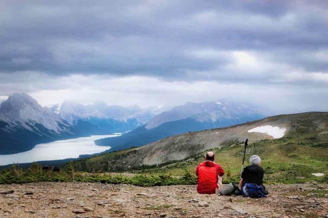 CANADA: Hiking Tour of the Canadian Rockies   TheWanderingHousewife.com