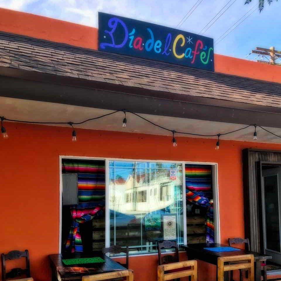 ADAMS AVENUE RESTAURANTS CRAWL: Dia del Cafe | TheWanderingHousewife.com